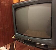 Телевизор б/у продам