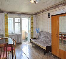 Продается 1-комнатная квартира, Рассвет, ул. Космонавтов.
