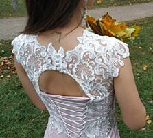 Продам очень красивое и нежное вечернее платье