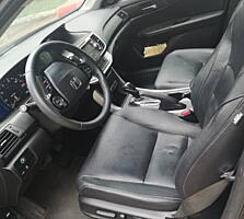 Honda Accord, гибрид 2015г, в отличном состоянии, дёшево!