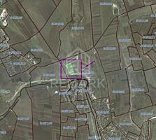 Se vinde teren cu destinație agricolă, cu suprafața totală de 5 ha, ..