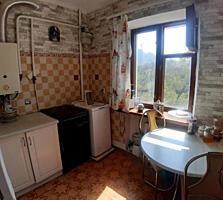 Продам двухкомнатную квартиру на Пионерской