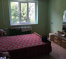 Apartament cu o camera, linga Buiucani, starea buna, locuibila!