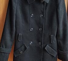 Продам пальто женское. в отличном состоянии.