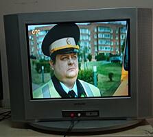 Срочно!!! Даром!!! Отличные TV: LG 37 см, SONY 54 см, DIGITAL 54 см.