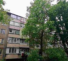 Spre vinzare se ofera apartament cu 3 odai in sectorul Botanica. ...