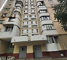 Spre vinzare apartament cu 2 odai intr-un bloc secundar. Imobilul se .