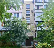Va propunem spre vinzare apartament spatios cu 4 odai in sectorul ...