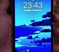 Продам iPhone XR на 64 гб