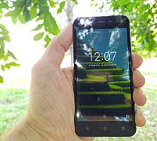 Продам телефон. Android 7. 2 Сим-карты.