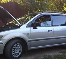 Mitsubishi Spase Wagon 2.0 бензин 2004.