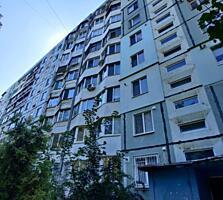 Spre vinzare apartament cu 3 odai situata in sectorul Botanica. ...