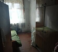 Продаётся 2х комнатная квартира под ремонт