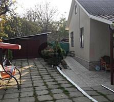 Vînd. Număr de nivele: 1 nivel. Starea casei: Euroreparație. ...