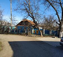 Продам дом в районе парка Победы.