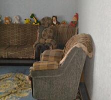 Vând apartament cu 2 camere (30.000€) plus garaj (8.000€).