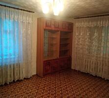 1-Комнатная квартира с ремонтом и подвалом-кладовкой