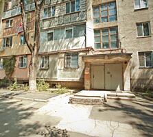 Spre vinzare se ofera apartament cu 3 odai. Amplasare ideală în sect.