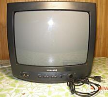 Телевизор Самсунг. 300 лей