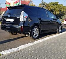 Продам Toyota Prius V