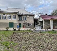 Casa de locuit in cojusna, 200 m2, 70000 €