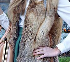 Продам натуральную жилетку из лисы