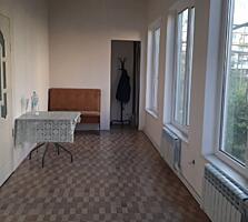 Продаю 2этажный дом с ремонтом в центре Дубоссар