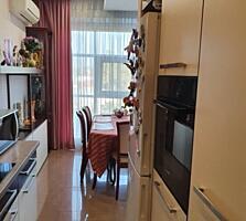 Продам отличную квартиру 3х комнатную в центре