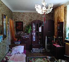 """Продается 2-комнатная квартира у Парка """"Победа"""" 1/4"""