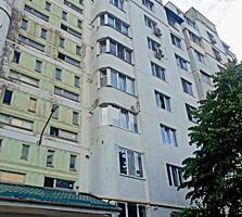 Se vinde apartament cu 2 odai amplasat in sectorul Botanica. Seria ...