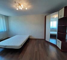 Îți prezentăm spre vânzare apartament cu 1 odaie + living, amplasata .