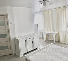 Продам квартиру - студию с ремонтом на Кировском.