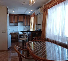 Гераневая. Кухня-гостиная и спальня. 50 м2. 8/9. Кирпич. Капремонт.