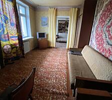 Продам 3-х комнатную квартиру в центре