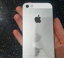 Iphone SE 64гб в хорошем состоянии
