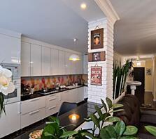 Apartament cu 3 camere separate, bucătărie cu living, 2 birouri,