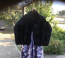 Пуховик чёрный 600 лей= куртка чёрная новая 400 лей= куртка новая 500
