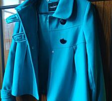 Продам пальто короткое пальто разлетайка