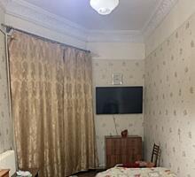 №5967. . .Продам 4-х комнатную квартиру в самом ...