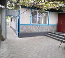 Продается хороший дом в Слободзее, русская часть ул. Ленина 24 сотки.