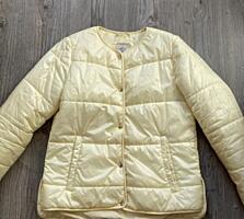 Женская демисезонная куртка фирмы Sela