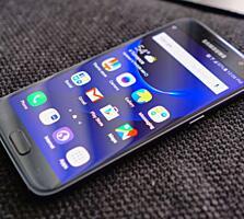 Продаю Samsung Galaxy S7.