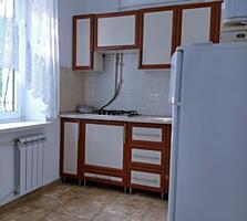 Spre vânzare apartament spațios cu 2 odai în sec. Botanica! ...