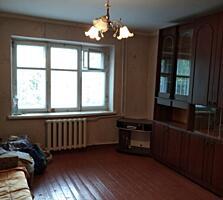Продам 2-х комнатную квартиру на земле с гаражом и сараем в Бендерах