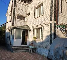 Продам 4-х этажный жилой дом