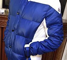 Продаётся фирменная куртка