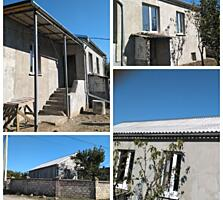 Продается котельцовый дом со свежим ремонтом в с Парканы. Торг уместен