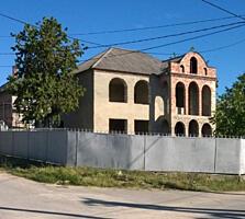 Продается недостроенный дом в Яловенах