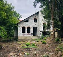 Продается незавершённый дом в Дрокии, Vind casa nefinisata in o
