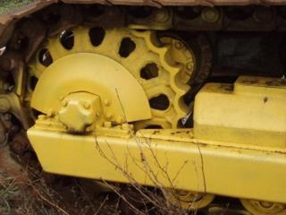 Гусеницы Т-130, каток Т-130 запчасти Т-130
